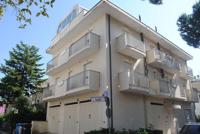 Camere Da Letto Corsini.Residenza Corsini Riccione